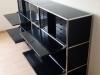 USM Haller Highboard, schwarz mit Klappen, Auszügen, Auszugstablaren, Vitrineneinsatz und INOS Schubladenstöcken